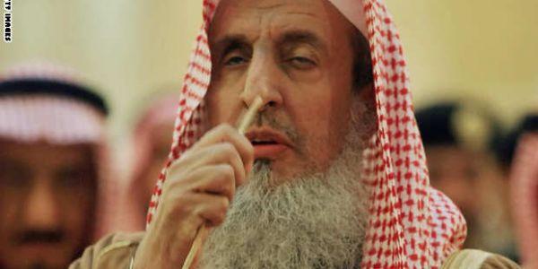 أخبار الطنز:مفتي السعودية يجوز تناول لحم المرأة ان شعر الرجل بالجوع!