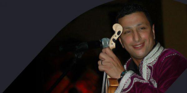 نجم الأغنية الشعبية الداودي يتسبب في سجن ناشط فيسبوكي