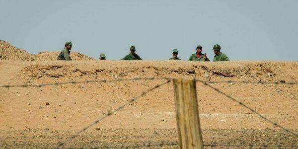 عناصر الجيش دارت عملية تمشيط حدا الجدار العازل ووقفات سبعة أشخاص
