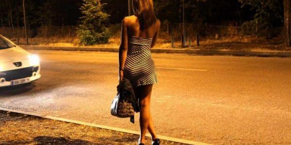 فاس.. خرق حالة الطوارئ وممارسة الجنس فوسط الشارع العام