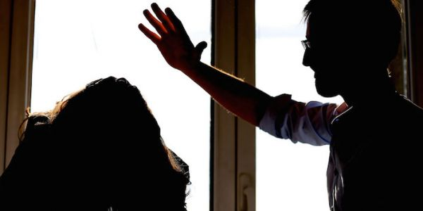 الطالبة لي غبرات على دارهوم فالناظور لقاوها وكانت هاربة بسباب قسوة الاب