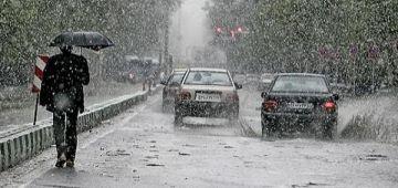 النهار اللول فرمضان بدا بالشتا و الأرصاد الجوية كتحذر: غاتوصل حتى لـ60 ملم و حتى الريح جاية مجهدة.. وها البلايص المعنية