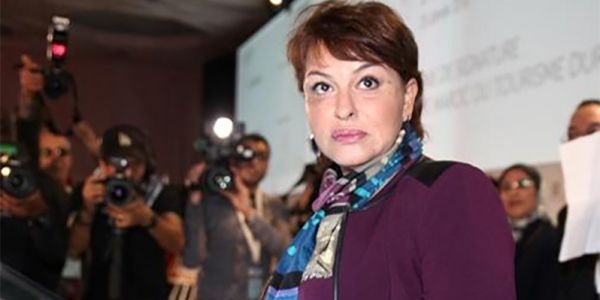 الوزيرة السابقة الحيطي ضرباتها بتزويجة مع جنرال ف الجيش: بعدات علىمشاكل الحركة الشعبية