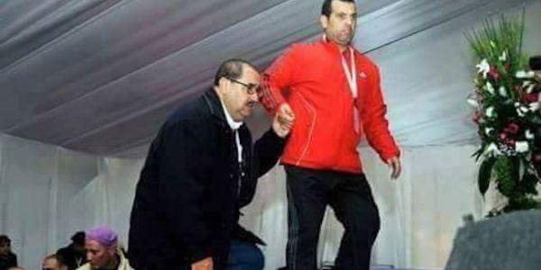 """بيان """"الاتحاد"""" على """"ضريبة على الثروة"""". راني ماواكلش الشمع ولا النُّخالة آ بوعزة!!! گولو لينا فيمن عينيكم"""