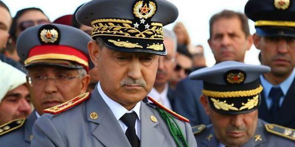 حرب العتاد ف الصحراء..الجنرال الوراق نشر فرق المشاة وحرك سلاح الجو بالمنطقة العازلة