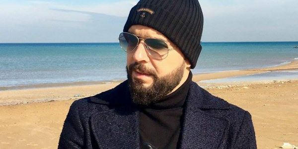 الدوزي: مات لي قريب بكورونا.. والفيروس انتاقل لعائلتي – فيديو