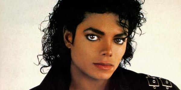 مذكرات مايكل جاكسون.. كان باغي يولي أول ممثل وفنان ومخرج شبعان فلوس