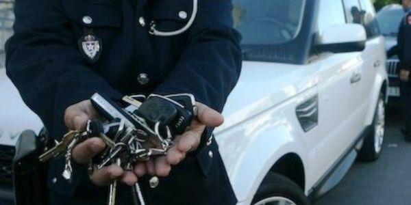 بني مسكين غاديين يتصطاو. شخص ضاصر بعلاقاتو زور 6 طونوبيلات فالبروج والوكيل طلقو