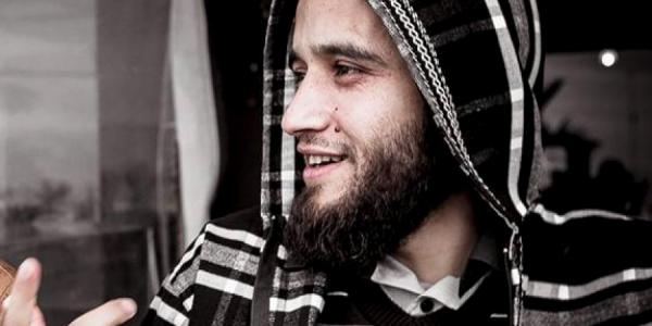 المعتقل المرتضى اعمراشا دار شكاية كيتهم فيها مدير سجن الزاكي بأنه تعدا عليه