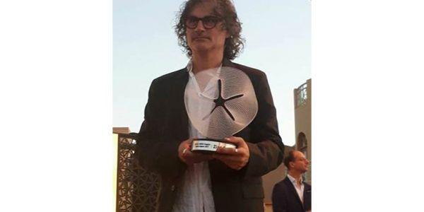 """ها شكون هو المخرج اللّي خدا جائزة """"أفضل موهبة عربية"""""""
