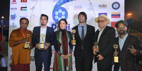 """المغرب ينتزع جائزتين في مهرجان """"دلهي"""" الدولي السادس للفيلم"""