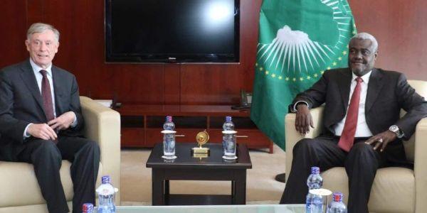 المبعوث الشخصي لملف الصحراء يلتقي رئيس مفوضية الإتحاد الإفريقي