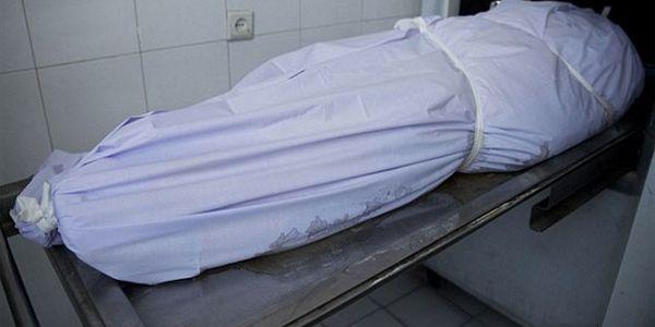 بعد ما غبر لأيام. مواطنون لقاو جثة راجل كبير فواحد الكهف فأزيلال