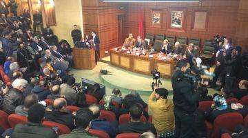 رئيس الحكومة: غير ممكن الأغلبية تتعارك ويلا بقينا نضاربو مابقا لينا منزيدو نتجمعو