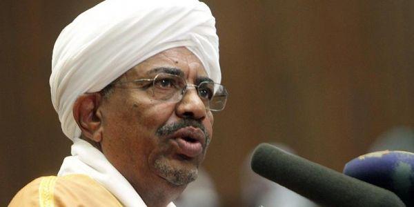 """الرئيس السوداني السابق عمر البشير سخف حدا النيابة واعترف بكولشي وصرح: """"أصابتنا دعوة المظلوم"""""""