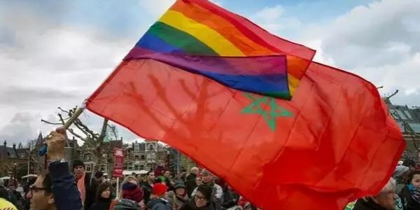 مثلي مغربي طلب اللجوء السياسي فـ البوسنة