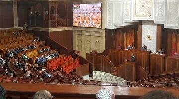 البرلمان عندو دورة استثنائية ومصادر كتقول أنها غاتكون للتصويت على قوانين الانتخابات