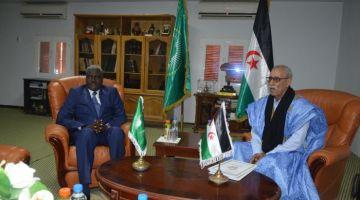 هاشنو قال الإتحاد الافريقي على زيارة موسى فقي لمخيمات تندوف