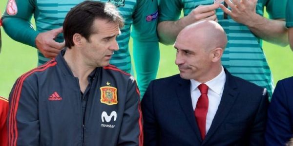 """زلزال فـ """"لاروخا"""" خصم المغرب فمونديال روسيا. إقالة المدرب جولين لوبتيجي"""