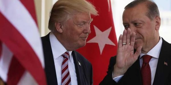 أردوغان للاوربيين: ايلى وصفتو تحركنا فسوريا احتلال غاديين نرسلو ليكم 3.6 مليون لاجئ سوري ووصف السيسي بالقاتل – فيديوهات