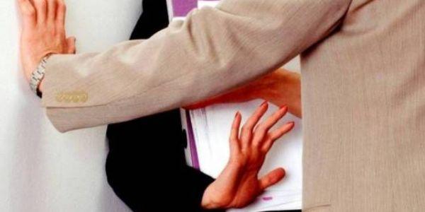"""""""الجنس مقابل النقط"""" في جامعة المحمدية..الأستاذ الجامعي """"المتهم"""" يوضح:  لم أتحرش بطالبتي وأنا مستهدف والإدارة داخلة فالموضوع"""