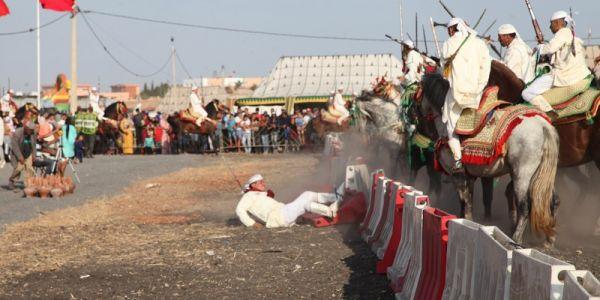 موسم الوالي الصالح سيدي حجاج كان غادي يسالي بكارثة. جويجة تفرگعات فيد فارس (صور)