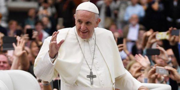 الفاتيكان كشف برنامج زيارة البابا فرنسيس للمغرب. غادي تبدا باستقبال ملكي وتسالي بقداس ديني