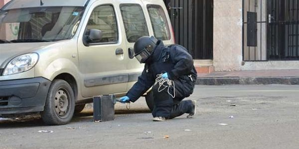 """""""حقيبة"""" مشبوهة لاحها ملتحٍ فوسط أكادير دوخات البوليس ووالي أمن عاصمة سوس خرج من البيرو ديالو"""