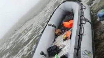 معاهم بنات… محاولة ديال لحريگ بطرفاية فشلات بسبب عطب فمحرك القارب (صور)