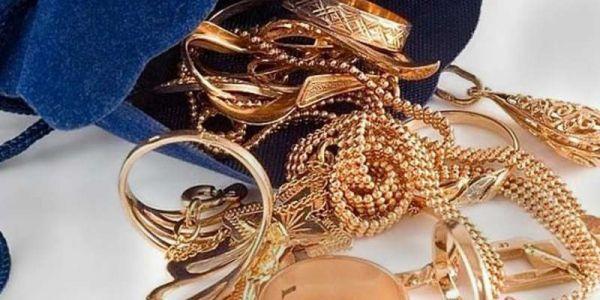 مرا دارت راسها أميرة إماراتية  وسرقات مجوهرات بـ1.6 مليون اورو فباريس