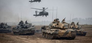 """قوات بحرية مغربية ودزايرية جنبا الى جنب ف مناورات """"فينكس اكسبرس 21"""" فـ تونس"""