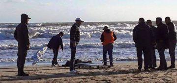 سواحل بوجدور لاحت جثة ديال حراگ مجهول الهوية