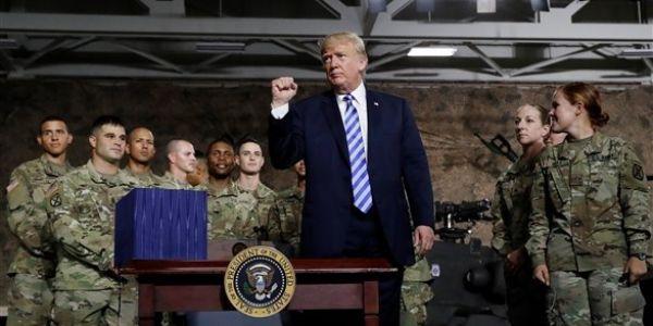 ترامب: العسكر ديالنا غادي يبقاو في الحدود المكسيكية شحال ما لزم الأمر