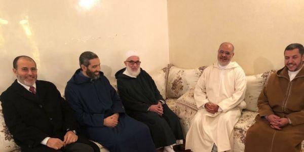 ها كيفاش احمد الريسوني ممكن ينقذ بنت خوه هاجر وحديثها على زواج الفاتحة ضر بيها