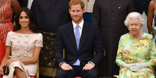 الدايلي ميل كشفات على كيفاش ماركل طلعات الدم للملكة اليزابيث