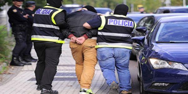 اعتقال مغربي سرق شيفور وكان غايقتل رجل إنقاذ مدني صبليوني