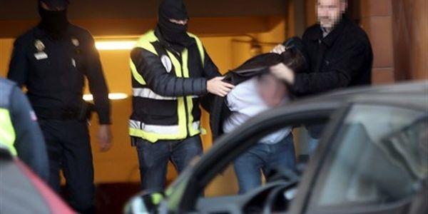 امام مغربي فاسبانيا فات داعش في تفسيرها الدموي للقران جاب الربحة والصبليون جراو عليه للمغرب