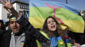 """أبودرار: مكوّنات الأغلبية ضد حروف """"تيفيناغ"""" فالاوراق النقدية وهادشي كيبين ان الأمازيغية كقضية مجتمعية ليست ضمن أولوياتها"""