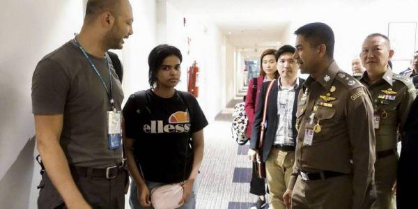 البنت السعودية اللاجئة ف تايلاند مابغاتش تلاقا عائلتها