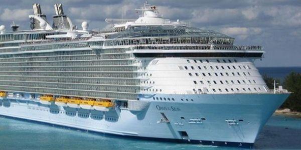 9 الاف شخص واحلين ف سفينة بسبب فيروس