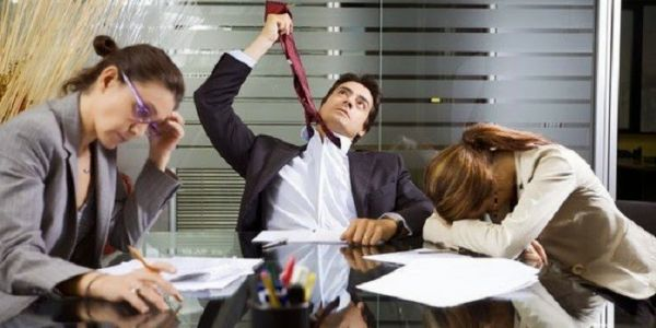 دراسة : الإجتماعات كتضيع الفلوس والوقت