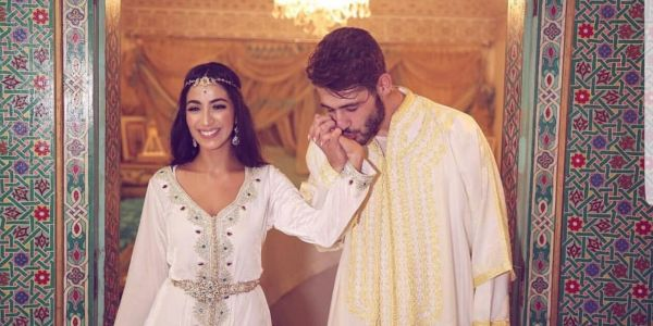 المغنية ناديم كتوجد لعرسها مع اللبناني اليوم في سلا. والبارح دارت حفل توديع العزوبية