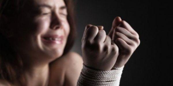 مشرمل خطف متزوجة وبغا يغتصبها بالعنف  فطنجة جاب الربحة ومشا يدوز الحبس