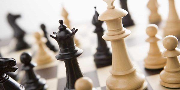 """""""اختلالات مالية"""" الشطرنج وصلات للبرلمان"""