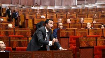 وسط تصفيقات الأغلبية وفرحة بنشعبون..البرلمان يصادق على ميزانية 2020