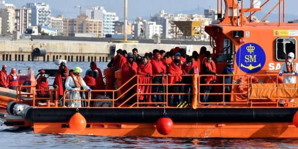 الصبليون دارو مع لمغاربة خطة ذكية لمواجهة الحريگ: باطوات الانقاذ البحري ديالهوم غاتدخل للموانئ المغربية