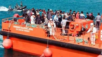 """وزيرة الداخلية الاسبانية كذبات صحيفة """"ال باييس"""" بخصوص سماح المغرب للإنقاذ الاسباني بدخول الموانئ المغربية"""