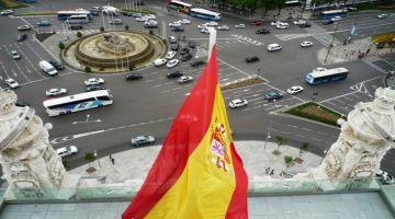 لوبي الدزاير و البوليساريو ف إسبانيا محرك وباغي يدير مسيرة يروج فيها لخرايف الجبهة ويضغط على حكومة بيدرو سانشيث
