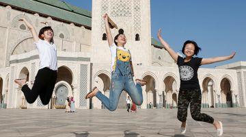 فالوقت لي المغرب باغي يولي وجهة سياحية عالمية، السياح المغاربة كيهربو منو كل عام وكيمشيو يخسرو فلوسهم فأوروبا وتركيا وكاع البلايص إلا المغرب