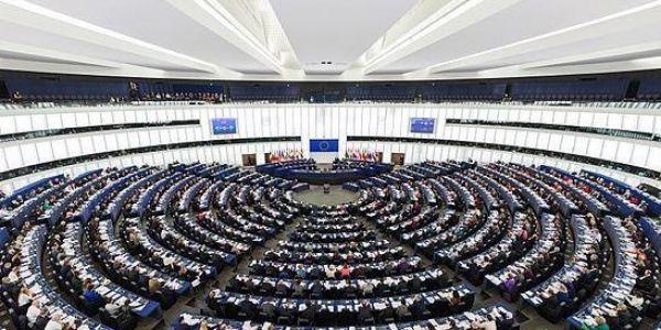 قبل التصويت على اتفاقية الصيد البحري. البرلمان الاوروبي رفض نقطة ديال استشارة محكمة العدل الأوروبية